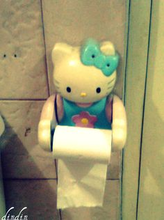 Toilet paper holder Funny Toilet Paper Holder, Hello Kitty Characters, Sanrio, To My Daughter, Paper Holders, Arts And Crafts, Microsoft Excel, Make It Yourself, Owls