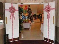 Balloons by Balancia:  Senior's Christmas Candy Land Luncheon photo ChristmasCandyLand-22.jpg