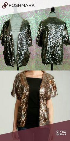 Spotted while shopping on Poshmark: DKNY SHORT SLEEVE BLAZER! #poshmark #fashion #shopping #style #WDNY #Jackets & Blazers