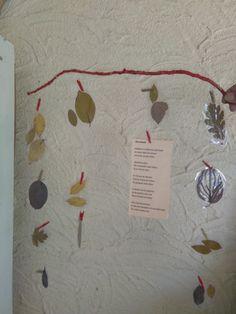 Mobile, poème et feuilles d'automne