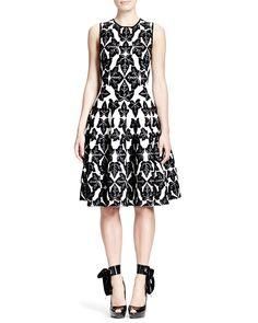 Alexander McQueen Sleeveless Fit-and-Flare Ivy-Pattern Dress, Vanilla/Black