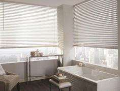 Bouclair – Faux wood blinds. Photo: Tango Photographie. Stylisme: Chloé Comte.