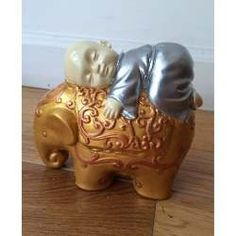 Buda Bebe En Decoupage! - $ 95,00 Decoupage, Buddha Decor, Piggy Bank, Feng Shui, Carving, Sculpture, Elephants, Color, India