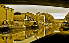 Grand Union Canal - Uxbridge Canal Boat, Narrowboat, Locks, Nostalgia, British, Cabin, London, World, House Styles