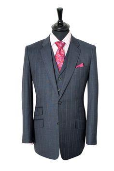 http://www.kingandallen.co.uk/assets/images/suits/lrg/Pink-Pin.jpg.... Me Gusta :D