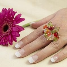 How to make a flower ring jewellery tutorial at The Bead's Knees