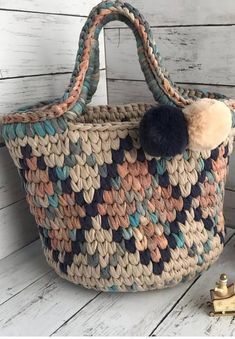 Cute Crochet Free Bag Pattern Design Ideas and Images - Page 15 of 39 - Daily Crochet! ideen kostenlos Cute Crochet Free Bag Pattern Design Ideas and Images - Page 15 of 39 - Daily Crochet! Bag Crochet, Crochet Handbags, Crochet Purses, Cute Crochet, Crochet Baskets, Crochet Mignon, Bag Pattern Free, Knitted Bags, Crochet Projects