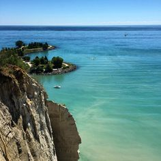 Scarborough Bluffs Marina • Instagram photos and videos Scarborough Bluffs, Wanderlust, Photo And Video, Videos, Water, Photos, Outdoor, Instagram, Gripe Water