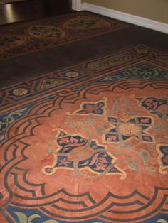 Custom Floor Stenciling - I seriously want to take a class and learn how to do this.