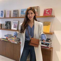 Korean Fashion Dress, Korea Fashion, Colorful Fashion, Trendy Fashion, Womens Fashion, New Girl, Blazer Fashion, Fashion Outfits, Fasion