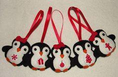 Felt Penguins Ornaments Set of 5 Felt Penguin Ornament by NitaFelt