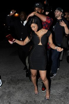 Share, rate and discuss pictures of Cardi B.'s feet on wikiFeet - the most comprehensive celebrity feet database to ever have existed. Pictures Of Cardi B, Cardi B Photos, Ig Girls, Girls Rules, B Fashion, African Men Fashion, Female Rap Artists, Lit Outfits, Stylish Outfits