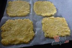 Příprava receptu Fantastický v troubě zapečený křupavý sýr bez smažení a klasického trojobalu, krok 2 Cookies, Desserts, Food, Crack Crackers, Tailgate Desserts, Deserts, Biscuits, Essen, Postres