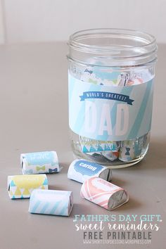 Father's Day Gift - Free Printables. The perfect gift to show Dad (or Grandpa) why he's the World's Greatest Dad! All you need is a Mason Jar and Hershey's Nuggest to wrap these cute printables around!