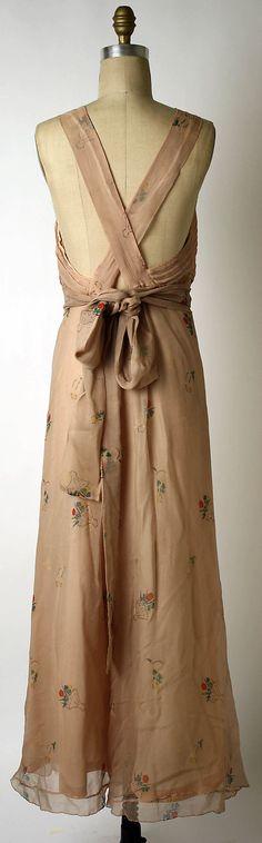 Dress, Evening.  Elsa Schiaparelli (Italian, 1890–1973).  Date: 1933–35. Culture: French. Medium: silk.