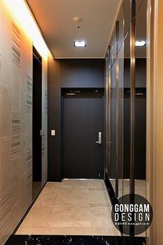 분당구 동판교 주상복합 아파트인테리어 [55py] _ 분당아파트인테리어 판교아파트인테리어 주상복합인테리어 50평대 60평대 70평대 럭셔리인테리어 (주)공감디자인 : 네이버 카페 Entrance Design, Entrance Hall, Hallway Designs, Shoe Cabinet, Ceiling Design, Dressing Room, Townhouse, Home Improvement, Entryway