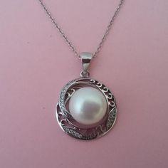 Colgante de plata y perla cultivada