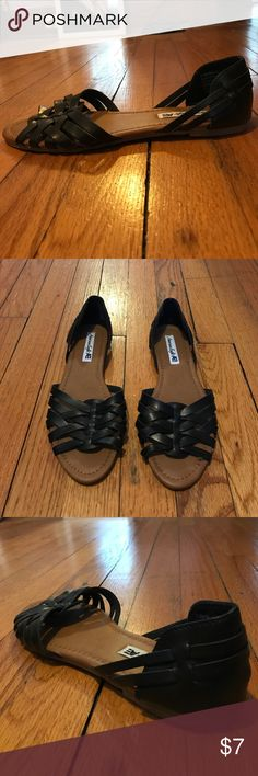 Black Sandals Black with beige sandals/flats great for spring and summer! Only worn once! American Eagle Outfitters Shoes Sandals