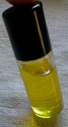 Therapeutic Rolajuca oil - a blend of rosemary lavender juniper and eucalyptus oils for pain relief