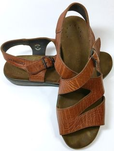 c09061a4adda Womens Mephisto Brown Leather Sandals Criss Cross Straps Buckle France Size  7.5