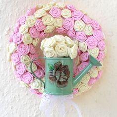 Tavaszi shabby ajtódísz virágokkal, Dekoráció, Otthon, lakberendezés, Húsvéti mindenféle, Esküvői kellékek, #meska #shabby #wreath