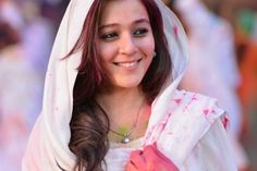 Priyal Gor in Television - Priyal Gor Rare and Unseen Images, Pictures, Photos & Hot HD Wallpapers Indian Tv Actress, Beautiful Indian Actress, Indian Actresses, Imam Image, Unseen Images, Punjabi Girls, Matching Couple Outfits, Actor Photo, Power Girl
