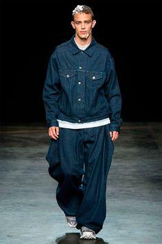 Christopher Shannon: trucker denim jacket with an oversize trouser