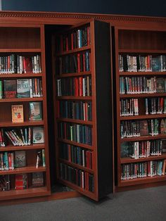 An article on how to make your own hidden closet with bookshelves - YES
