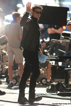 Karl Urban waves to his fans! » On The Almost Human Set in Vancouver, BC - 8/6/2013.