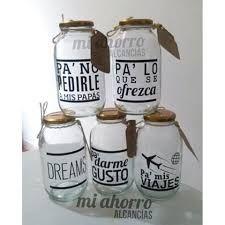 Resultado de imagen para alcancias para viajes Bottles And Jars, Mason Jars, Pretty And Cute, Creative Gifts, Things To Do, Diy Crafts, School, Design, Ideas