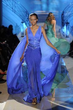 Zuhair Murad Printemps/Eté Haute Couture - Défilés, page 2 ( Elegant Dresses, Pretty Dresses, Blue Dresses, Zuhair Murad, Beautiful Gowns, Beautiful Outfits, Couture Fashion, Runway Fashion, Blue Fashion
