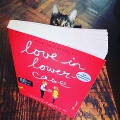 . #catswhoread #bookclub
