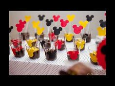 Como decorar sua festa Mickey Disney - YouTube Mickey Mouse Birthday Theme, Fiesta Mickey Mouse, Mickey Mouse Parties, Mickey Minnie Mouse, Mickey Party Foods, Minie Mouse Party, Ball Birthday Parties, Baby First Birthday, First Birthdays