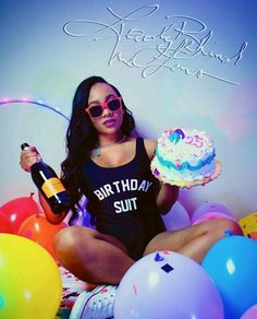 Terrific Free of Charge Birthday Ideas Popular I am a enormous believer associated with providing suffers from above gifts. Of course, it's to ne