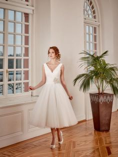 Igen Szalon Diane Legrand wedding dress- 6306  igenszalon  DianeLegrand   weddingdress  bridalgown · Esküvői RuhákAlkalmi ... fcdbacb01c