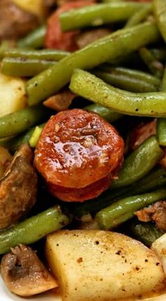 Instant Pot Cajun Sausage, Potatoes and Green Beans - 365 Days of Slow Cooking and Pressure Cooking Use the cajun seasoning mix when making jambalaya, double the kielbasa. Pan sear kielbasa and mushrooms before adding to the instant pot. Crock Pot Recipes, Beef Recipes, Chard Recipes, Green Bean Recipes, Skillet Recipes, Kraft Recipes, Family Recipes, Pizza Recipes, Soup Recipes