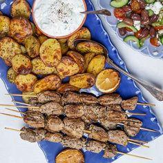 Tzatziki, Fika, 20 Min, Tandoori Chicken, Chicken Wings, Sausage, Grilling, Pork, Food And Drink