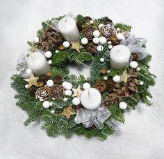 DECOFLOR virágdekoráció BLOG Advent Wreaths, Christmas Wreaths, Xmas, Christmas Table Centerpieces, Christmas Colors, Color Themes, Decoration, Holiday Decor, Blog