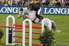 Pferdewechsel: Juvina zu Georgina Bloomberg und Papillion Z zu Gregory Wathelet - Hier Juvina und David Will
