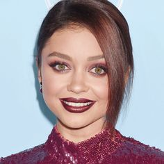 The Eyeshadow Shade Every Celeb Is Wearing Right Now - Sarah Hyland from InStyle.com