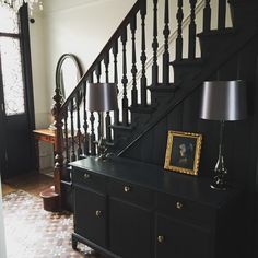 victorian hallway Kitchen Furniture Buying Guide A modern kitchen furniture guide, this article aims Edwardian Hallway, Tiled Hallway, Black Hallway, Modern Kitchen Furniture, Hallway Colours, Painted Staircases, Huge Master Bedroom, Flooring For Stairs, Hallway Inspiration
