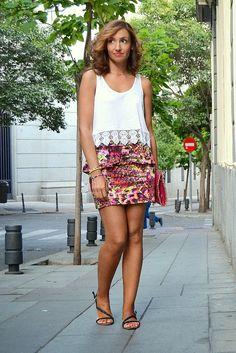 Museo Thyssen-Bornemisza - Mitos del Pop 28-7-2014 Skirt SuiteBlanco T-shirt Zara SS14 Sandals Zara