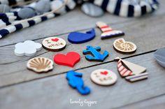 Lovely wooden brooch with sea motifs set of 3 by TheTwentyFingers