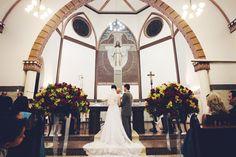 A igreja imponente e linda de Rio Negrinho onde foi celebrado o casamento de Vanessa & Diogo. --- A great and beautiful church was the chosen place to celebrate Vanessa & Diogo's wedding.