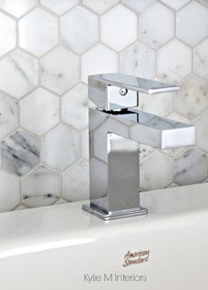 Luxury Hexagon Tile Floor Motif Luxury Hexagon Tile Floor Small Hexagon Tile Plus Beautiful Tiny Bathrooms With Showers Best Bathroom Tiles, Bathroom Flooring, Bathroom Countertops, White Bathroom, Vanity Bathroom, Laminate Countertops, Basement Bathroom, Bathroom Towels, Bathroom Fixtures