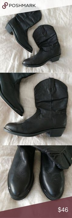 Chic Cowboy Boots Beautiful and comfortable boots.  Only worn once! Excellent condition. Shoes Combat & Moto Boots