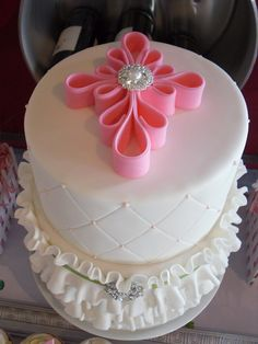 Frilly little Baptism Cake — First Communion love the cross topper! Must remember this! Pretty Cakes, Beautiful Cakes, Amazing Cakes, Fondant Cakes, Cupcake Cakes, Comunion Cakes, Confirmation Cakes, Baptism Cakes, First Holy Communion Cake