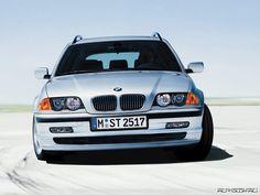 BMW 3-series E46 Touring marketing image