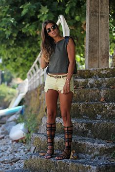 trendy_taste-look-outfit-street_style-asos-zara-green_top-militar-verde_militar-top verde-leather-cuero-yellow_shorts-suiteblanco-shorts_amarillos-sandalias_romanas-gladiators-leo_belt-cinturon_leopardo-verano-beach-playa-SS13-summer-12 by Trendy Taste, via Flickr