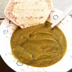 Greens soup (brocoli, peas, sprouts, carrots) with vegetable stock.